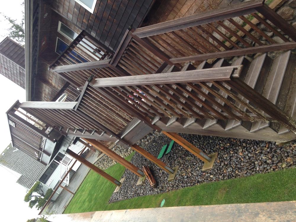 custom cedar and trex deck with stair case